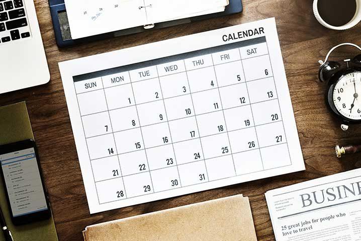 年間休日80日の人のカレンダー