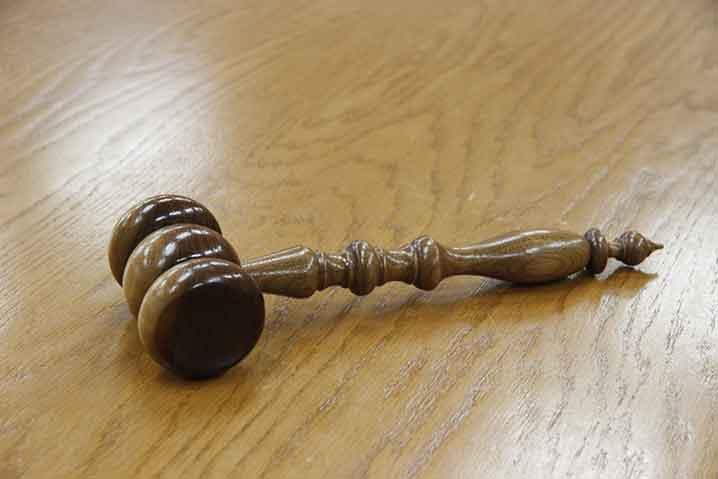 希望休の法律的な立ち位置